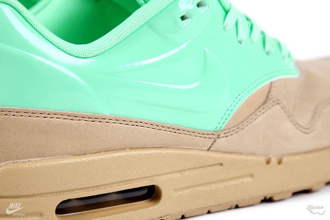 Nike Air Max Mint QS 03