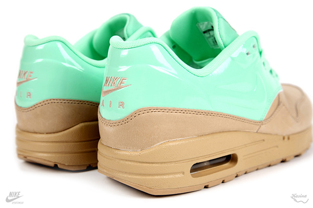 Nike Air Max Mint QS 04