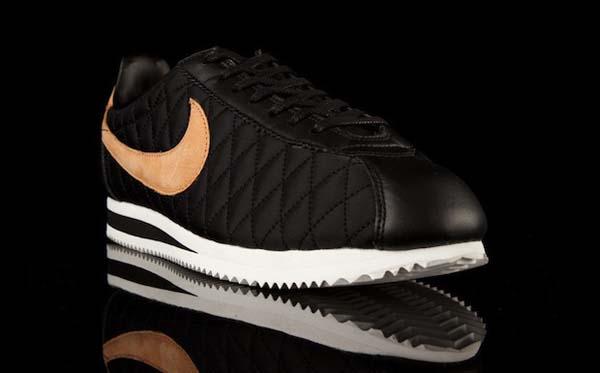 NikeCortezPremiumQS01