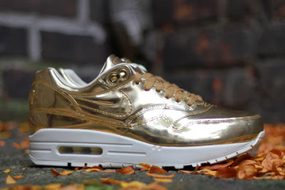 nike-air-max-1-liquid-gold-01