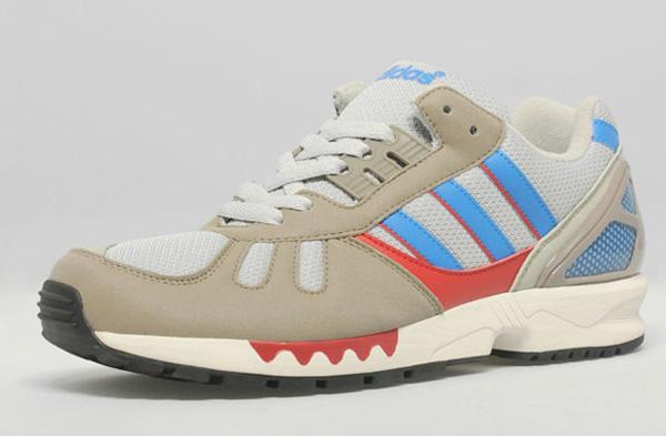 Adidas ZX7000 SizeUK 01
