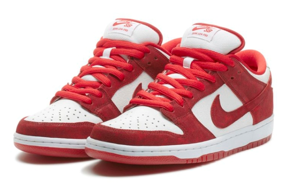 Nike Dunk Low Valentines Day 01