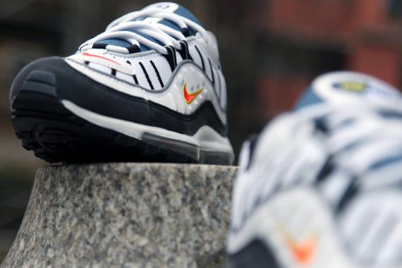 Nike Air Max 98 04