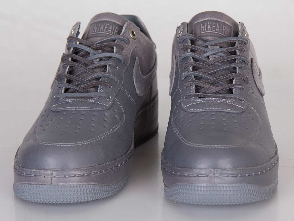 Nike Air Force 1 x Pigalle 02