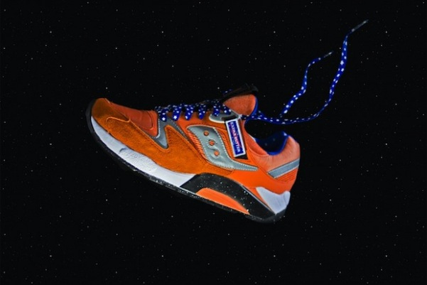 Saucony Aces Grid 9000 Space Race x Extra Butter 02