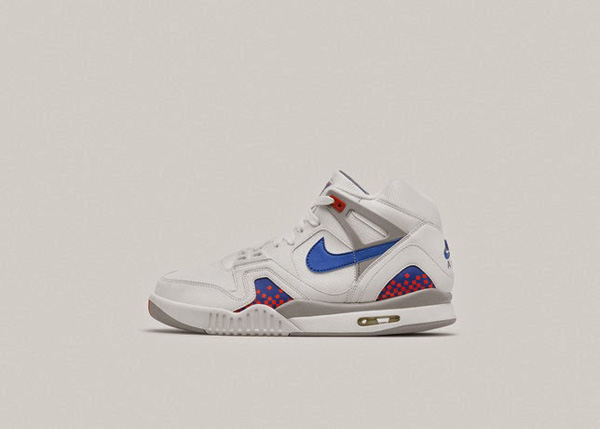 Nike Air Tech Challenge II 01