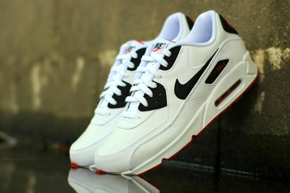 Nike Air Max 90 Leather 01