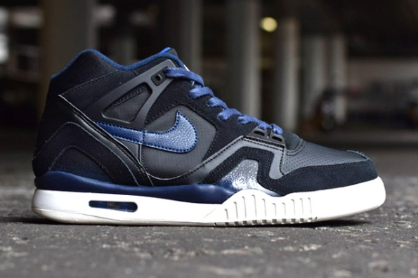 Nike Air Tech Challenge II Pack 02