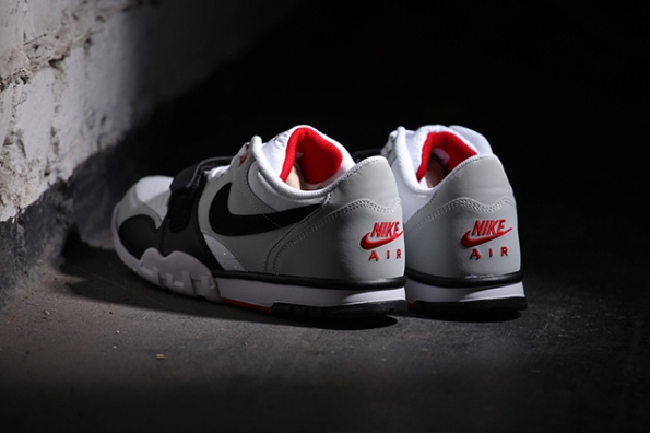 Nike Air Trainer 1 Low White Black Red 04