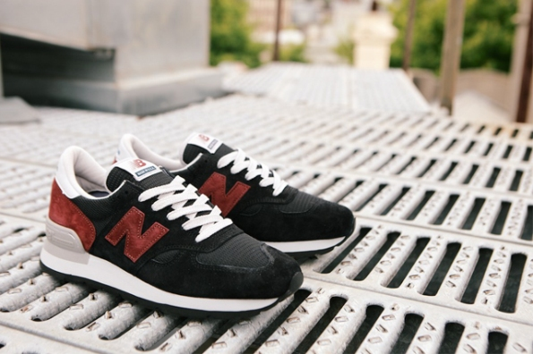 New Balance 990 Black Burgundy 03