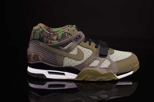 Nike Air Trainer III Camo Olive 02