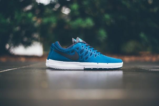 Nike Free SB Blue Force 01