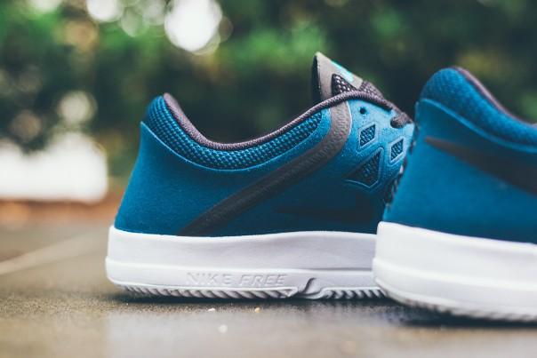 Nike Free SB Blue Force 02