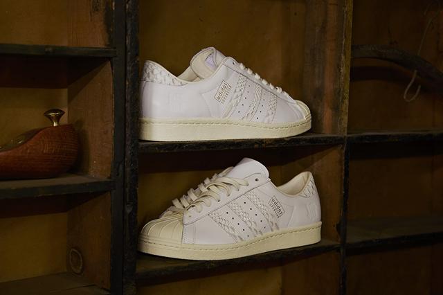 Adidas Consortium Superstar x Undefeated 10 Aniversario 03