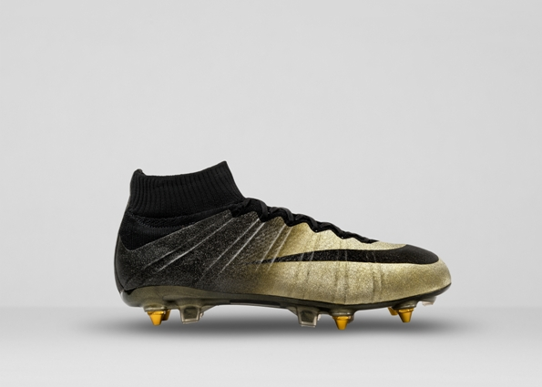 Nike Mercurial CR7 Rare Gold 02
