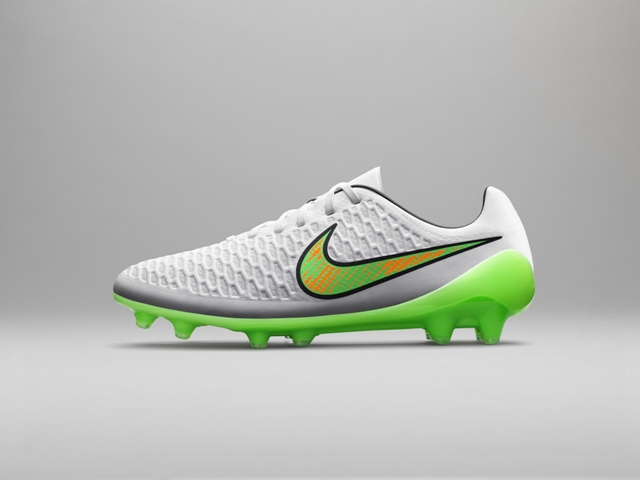Nike Shine Through 04