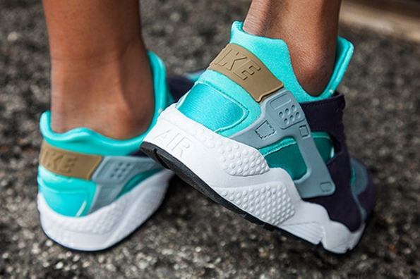 Nike Women Air Huarache Purple Turquoise 03
