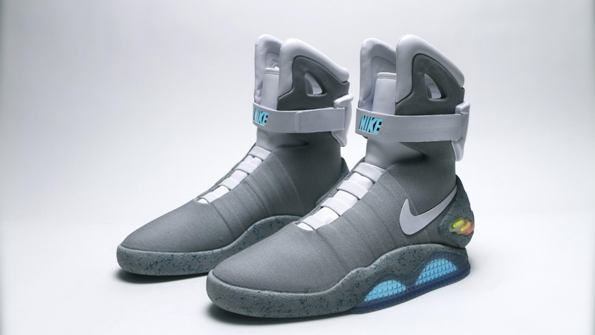 Power Laces Nike Mag 2015 01