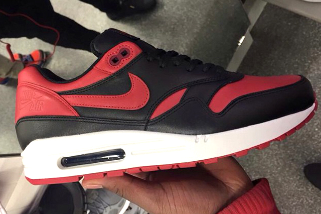 Nike Air Max 1 Bred 05