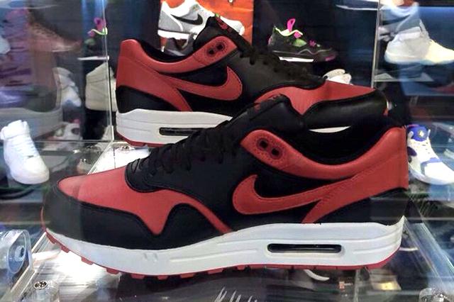 Nike Air Max 1 Bred 06