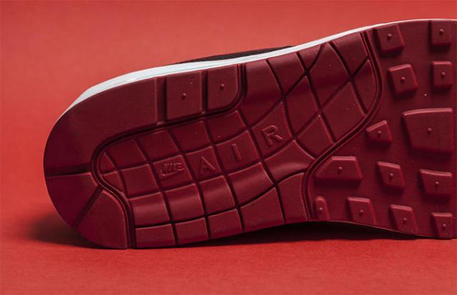 Nike Air Max 1 Bred 07
