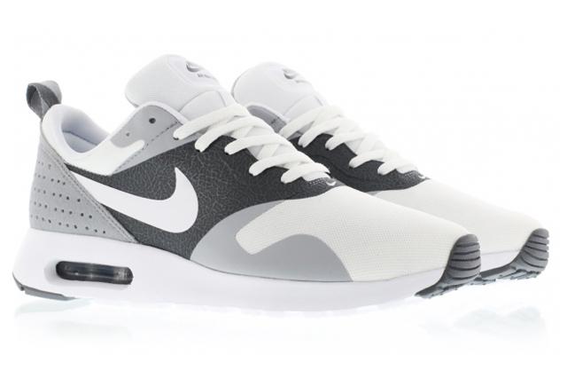 Nike Air Max Tavas 03