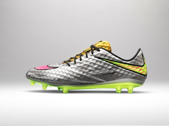 Nike Hypervenom Liquid Diamond 01