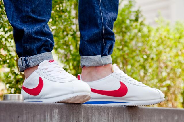 Nike Cortez Forrest Gump  01