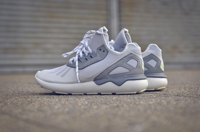 Adidas Tubular 02