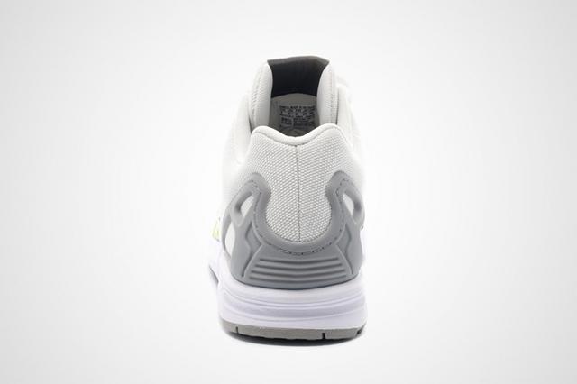 Adidas ZX Flux Splattered Toe 05