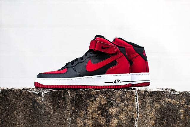 Nike Air Force 1 Mid Black Gym Red 02