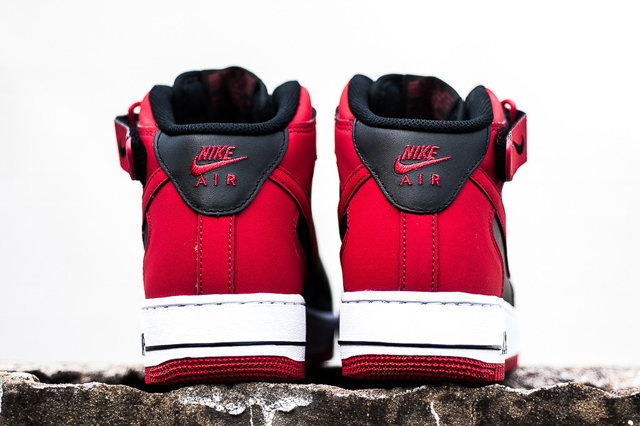 Nike Air Force 1 Mid Black Gym Red 03