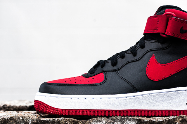 Nike Air Force 1 Mid Black Gym Red 05