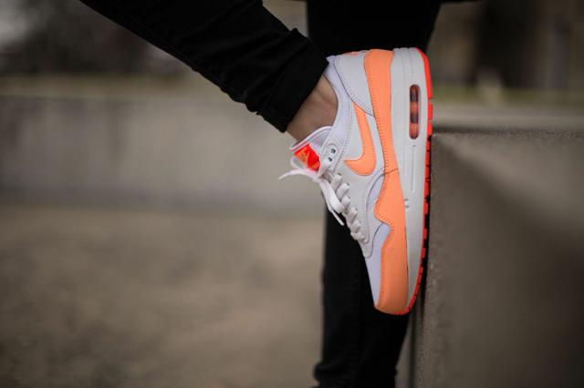 Nike Air Max 1 Sunset Glow 02