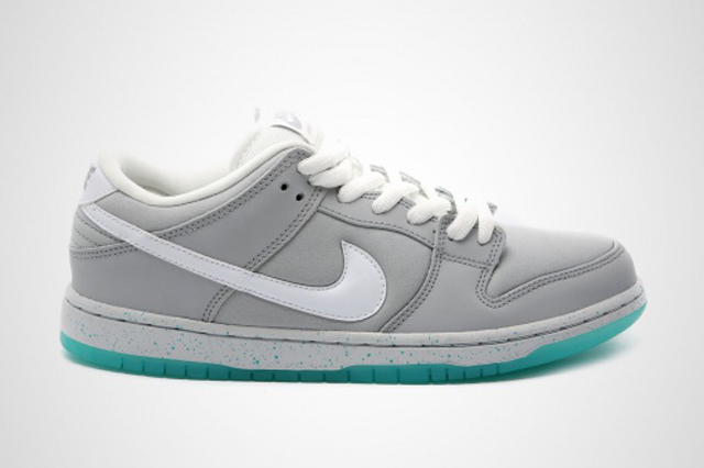Nike SB Dunk Low McFly 01