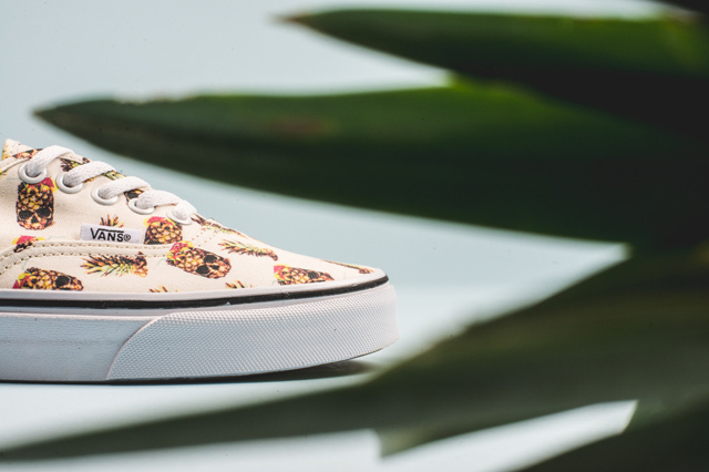 Vans Authentic Pineapple White 03