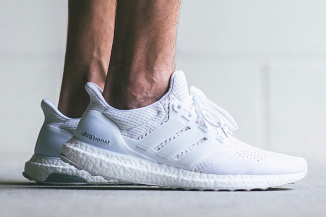 Adidas Ultra Boost All White 01