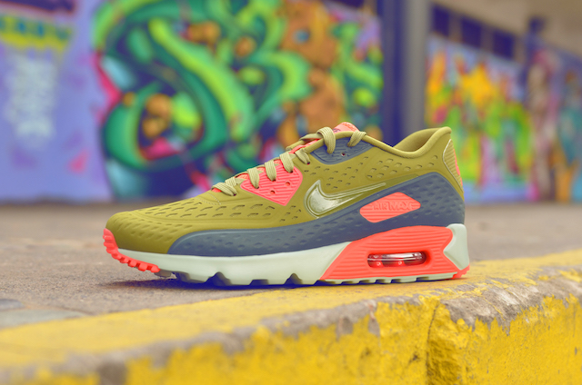 Nike Air Max 90 Ultra Breathe 02