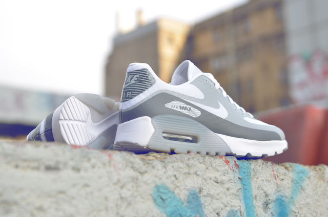 Nike Air Max 90 Ultra Breathe 03