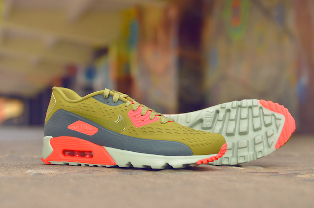 Nike Air Max 90 Ultra Breathe 06