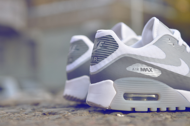 Nike Air Max 90 Ultra Breathe 07
