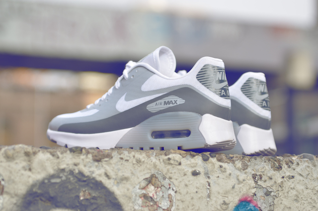 Nike Air Max 90 Ultra Breathe 09