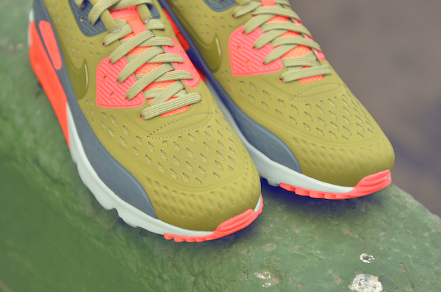 Nike Air Max 90 Ultra Breathe 14