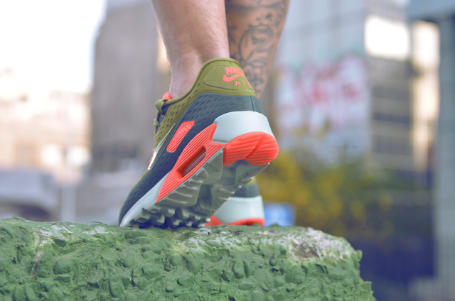 Nike Air Max 90 Ultra Breathe 27