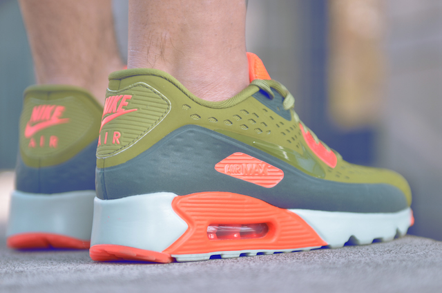 Nike Air Max 90 Ultra Breathe 31