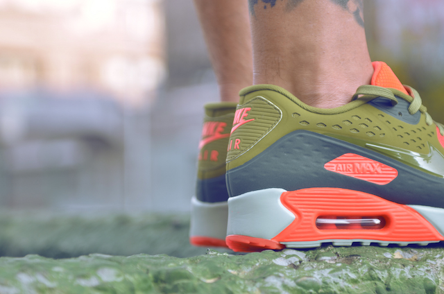 Nike Air Max 90 Ultra Breathe 32