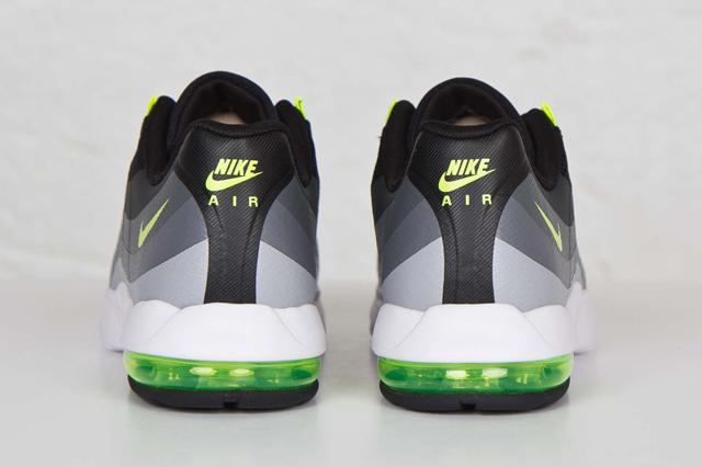 Nike Air Max 95 Ultra Black Volt 04