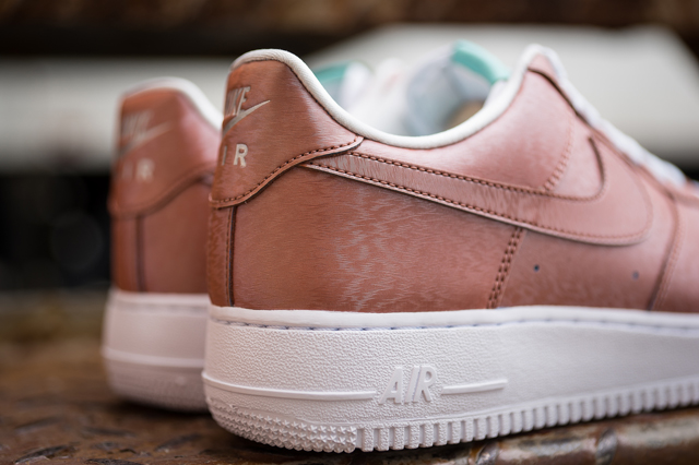 Nike Air Force 1 Preserved Icons 04