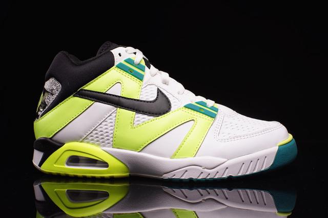 Nike Air Tech Challenge III OG Volt 01