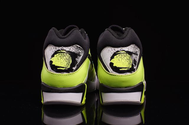 Nike Air Tech Challenge III OG Volt 05